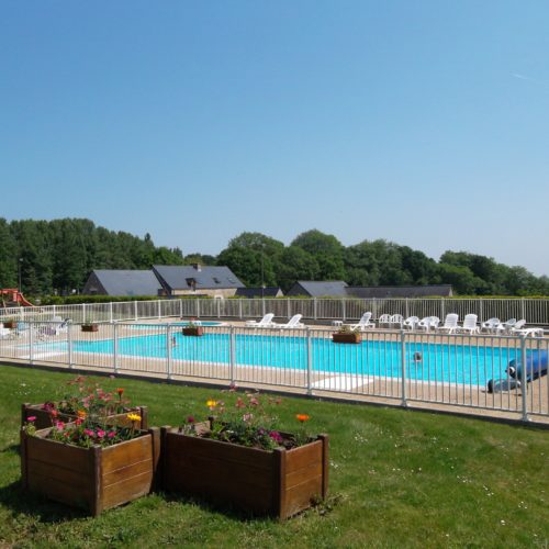 Camping-Beausejour-4-resize-piscine