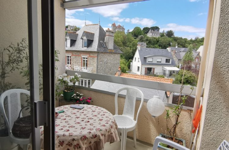 Appartement-de-Mme-Delattre-balcon-St-Cast-le-Guildo