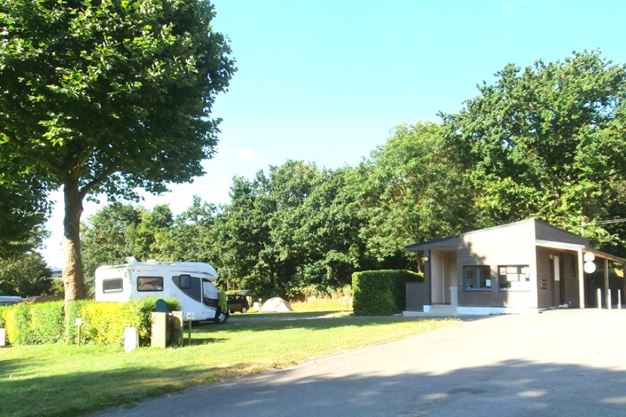 camping chateaubriand dinan
