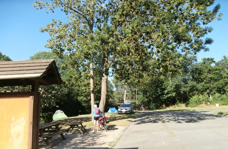 Camping-Chateaubriand1-Dinan-T.Lebrigand