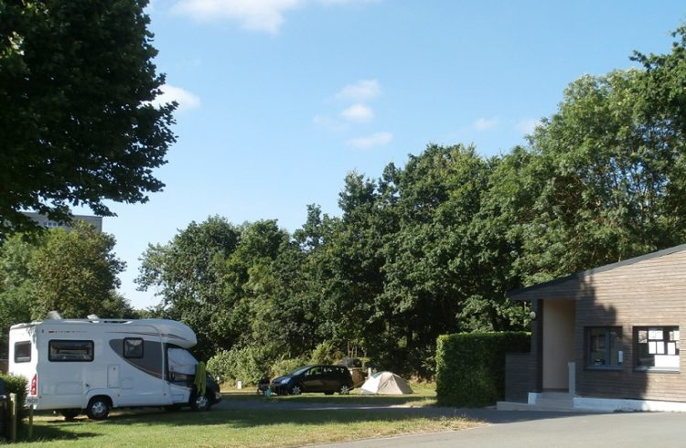 Camping-Chateaubriand4-Dinan-T.Lebrigand