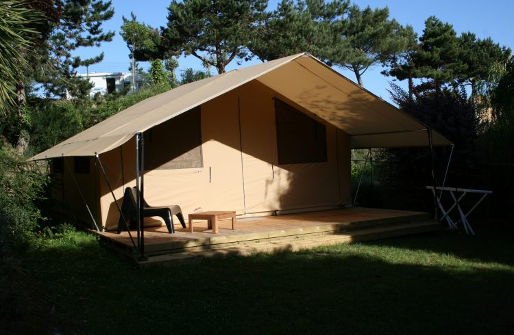 Camping-Le-Chatelet—hebergement-insolite-1