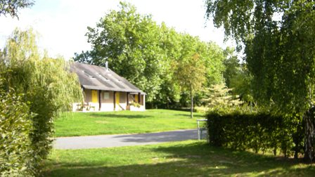 Camping-Plancoet-emplacement-arbores