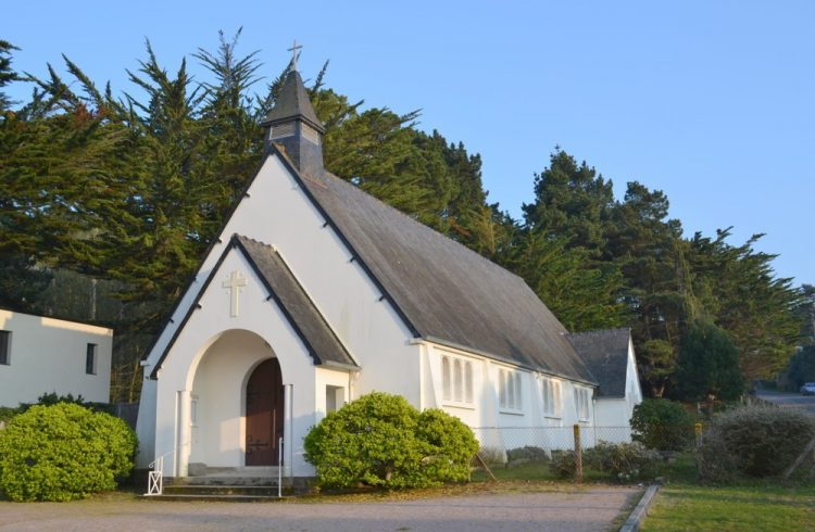 Chapelle-de-Sables-d-Or-les-Pins
