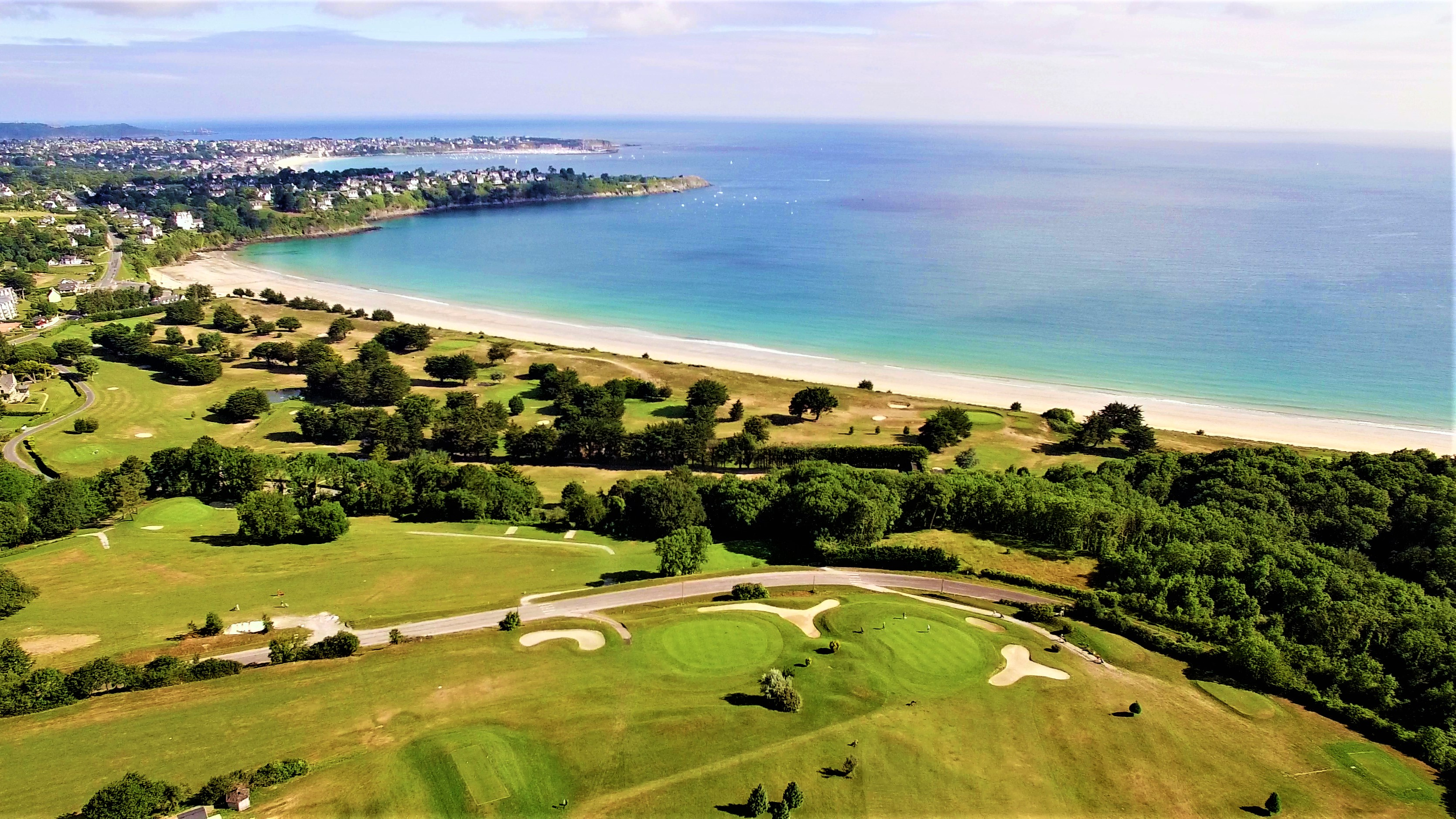 Photo-GolfSaintCast-vue-drone–002-
