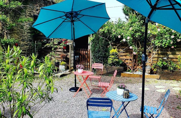 terrasse-parasols-2red1000